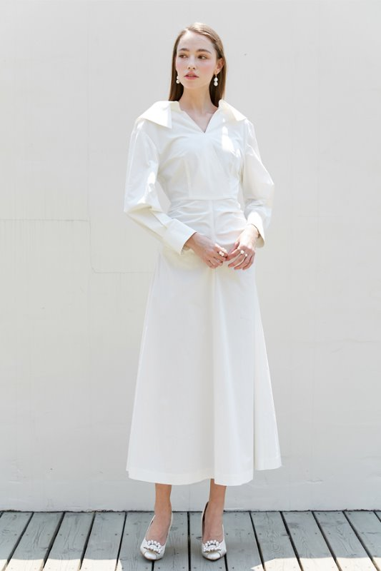 [유인영, 기은세, 장윤주 착용] KELLY v-neck long sleeve shirred shirt dress (Off white)