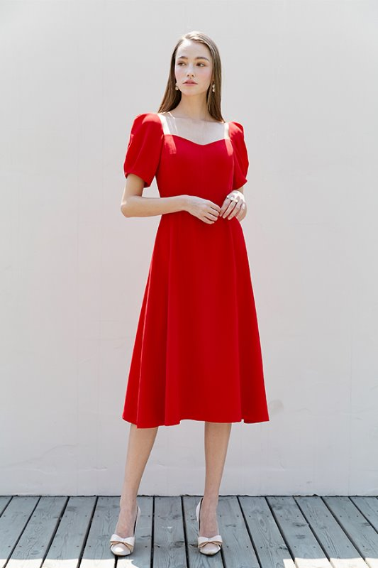 [한예슬, 경수진, 장윤주, 아이유 착용] GISELLE Sweetheart square neck short puff-sleeve dress (Red)