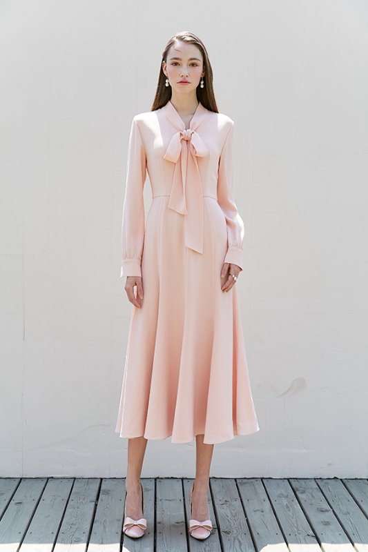 [유인영, 이하늬, 차예련 착용] KATE ribbon tied long sleeve dress (Peach Pink)