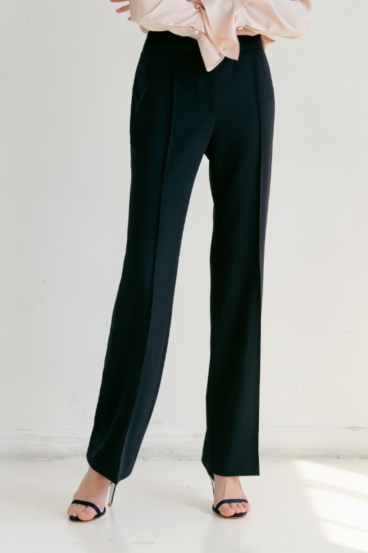[김희애 착용] BREEZE Straight  trousers (Deep Navy)