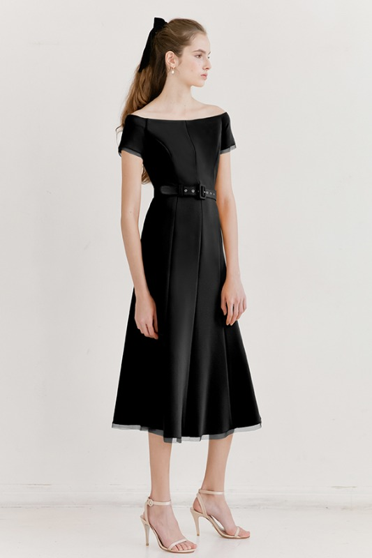 [소녀시대 태연 착용]BRIANA Off shoulder short-sleeve formal dress (Black)