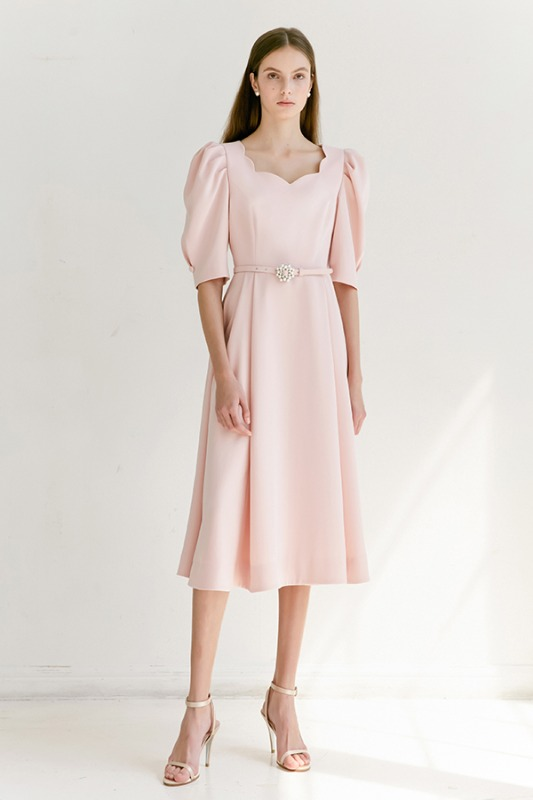 FLORA scalloped neck short puff-sleeve flared dress (Peach Pink)