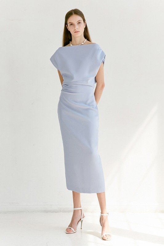 ATHENA Asymmetric sleeve dress (Light Cornflower Blue)