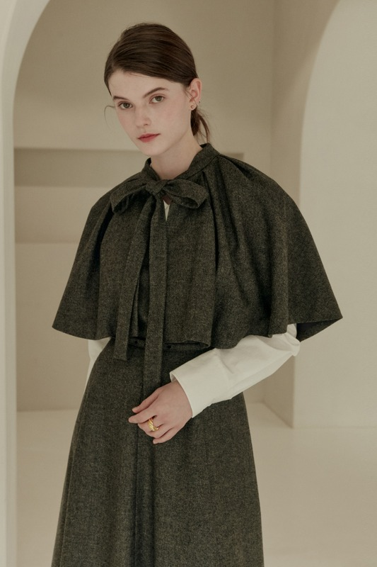 OLIVIA Round neck tie detail cape (Charcoal gray herringbone)