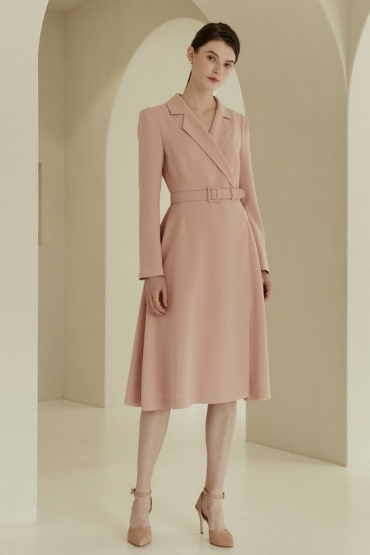 MONICA Classic notched collar tuxedo dress (Pale pink)