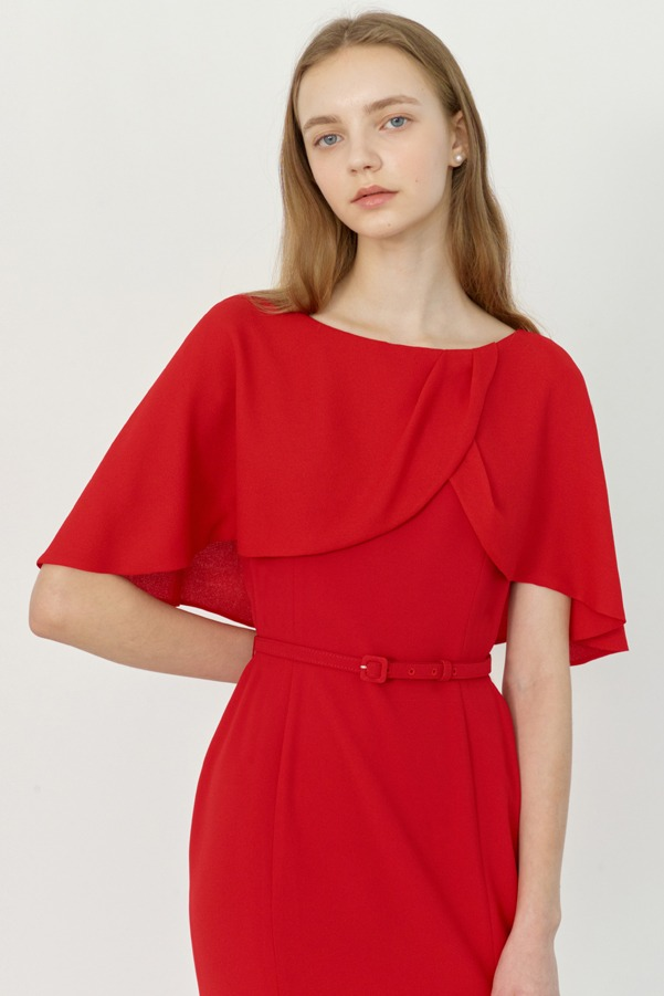 BEAUTE Cape sleeve semi-mermaid dress (Red)