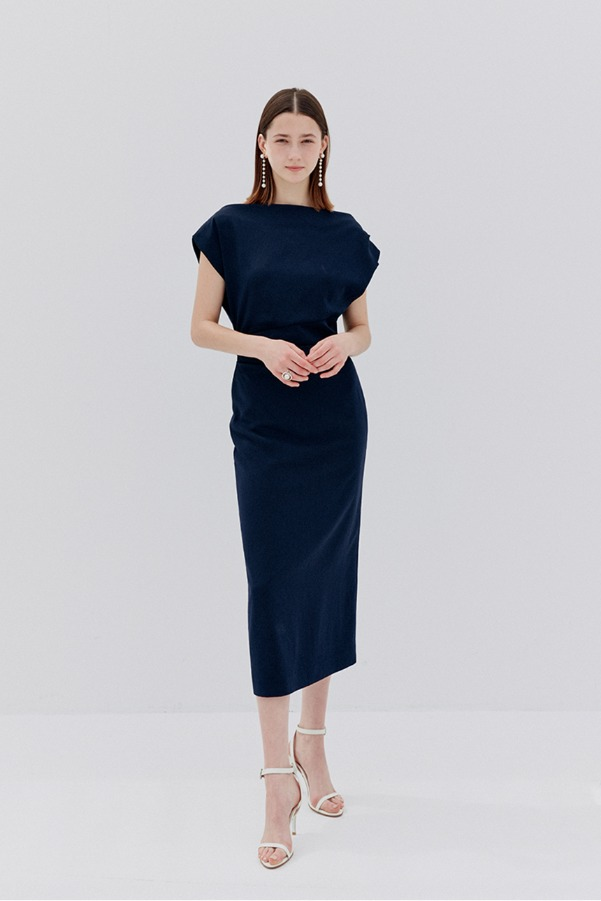[6/21 예약배송][소이현, 아이유 착용] ATHENA Asymmetric sleeve dress (Deep Navy)